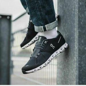 On cloud running sneakers 11